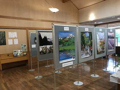 2017/7/1〜31に只見町の季の郷 湯ら里で行ったイラスト/写真展示の報告を「東京から只見通信」に追加しました。
